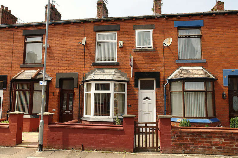 3 Bedrooms Terraced House for sale in 23 Kenwood Road, Boundary Park