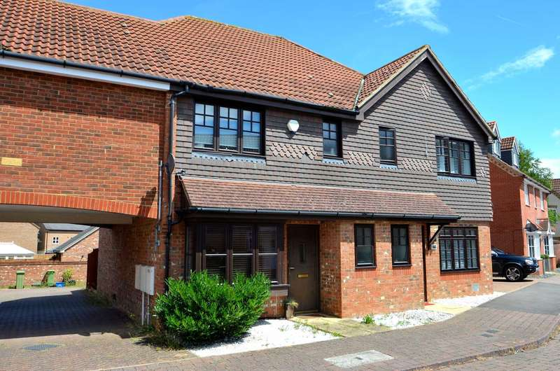 3 Bedrooms Semi Detached House for sale in Garwood Crescent, Grange Farm