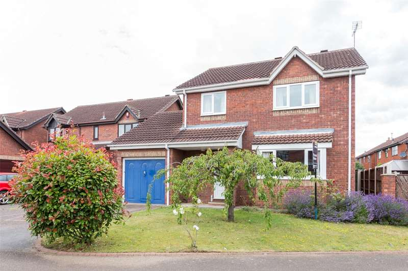 4 Bedrooms Detached House for sale in St. Andrews Close, Doncaster, DN4