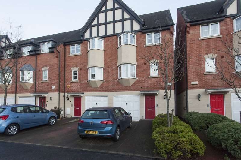 3 Bedrooms Town House for sale in Marine Approach, Northwich, Cheshire, CW8
