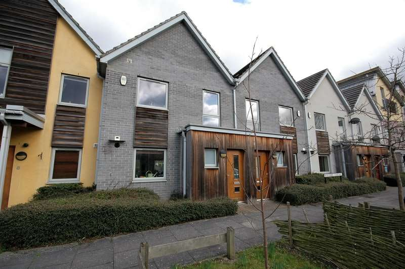 3 Bedrooms Terraced House for sale in November Courtyard, Dunston, Tyne and Wear, NE8