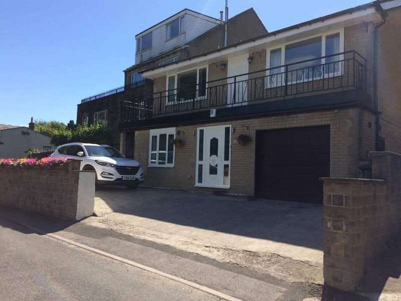 3 Bedrooms Detached House for sale in HIGH SPRING ROAD, KEIGHLEY, West Yorkshire, BD21