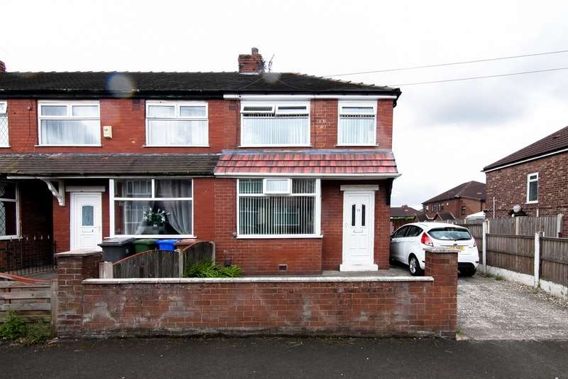2 Bedrooms Semi Detached House for sale in Coronation Road, Manchester, Greater Manchester, M43