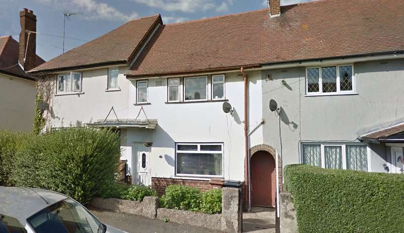 3 Bedrooms Terraced House for sale in Hastings Road, Kingsthorpe, Northampton, Northamptonshire. NN2 7RN