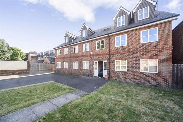 2 Bedrooms Flat for sale in Franklin Street, Reading, Berkshire