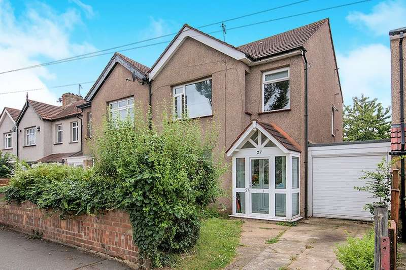 3 Bedrooms Semi Detached House for sale in Awliscombe Road, Welling, DA16