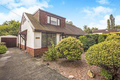 3 Bedrooms Bungalow for sale in Graham Avenue, Lostock Hall, Preston, Lancashire