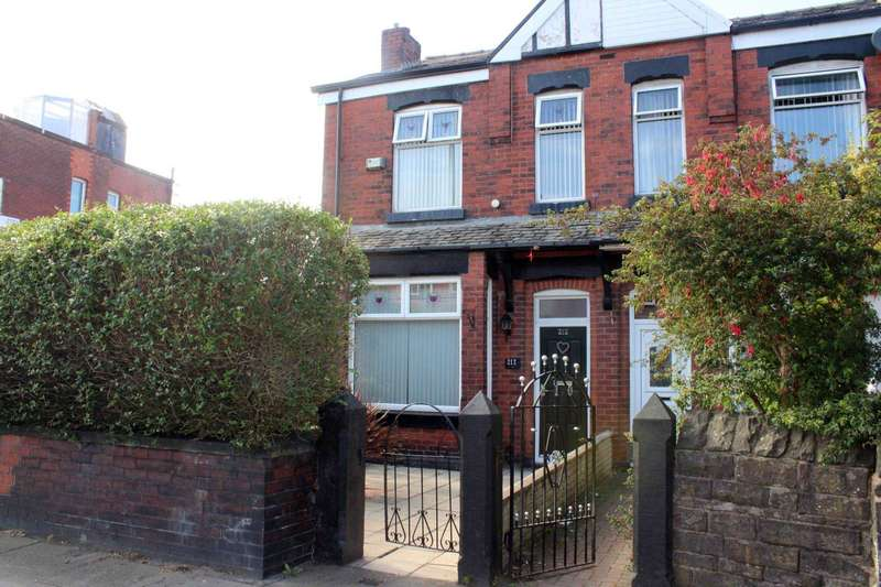 3 Bedrooms Semi Detached House for sale in Wigan Road, Bolton