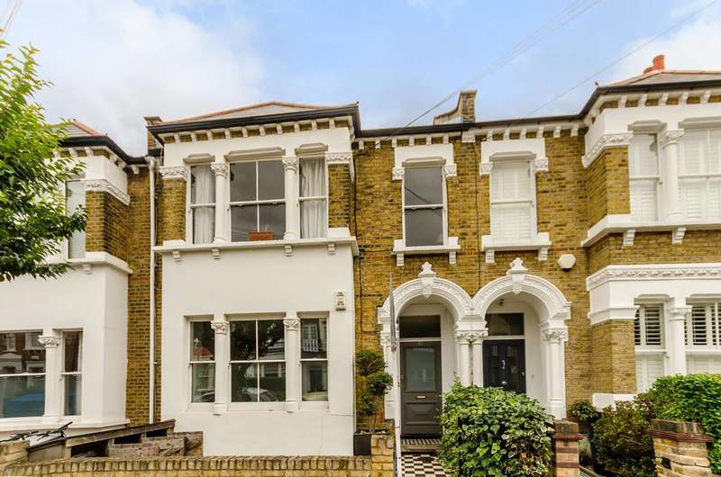 1 Bedroom Flat for sale in Galveston Road, Putney, SW15