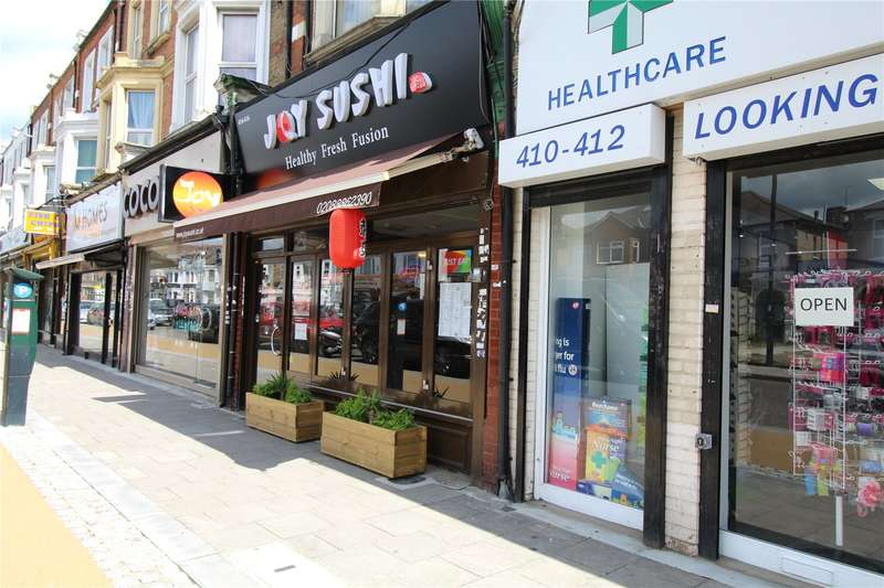 Restaurant Commercial for sale in Green Lanes, London, N13