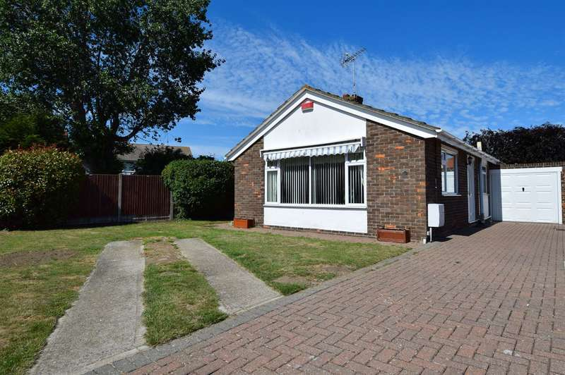 3 Bedrooms Detached Bungalow for sale in Rose Gardens, Herne Bay