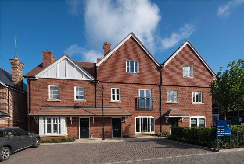 4 Bedrooms Terraced House for sale in Portland Gardens, Malthouse Way, Marlow, Buckinghamshire, SL7