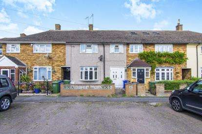 3 Bedrooms Terraced House for sale in Aveley, South Ockendon, Essex
