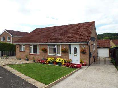 2 Bedrooms Bungalow for sale in Wells, Somerset