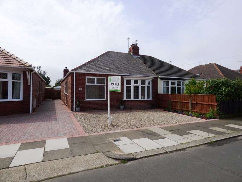 2 Bedrooms Semi Detached Bungalow for sale in St Thomas Grove, Redcar