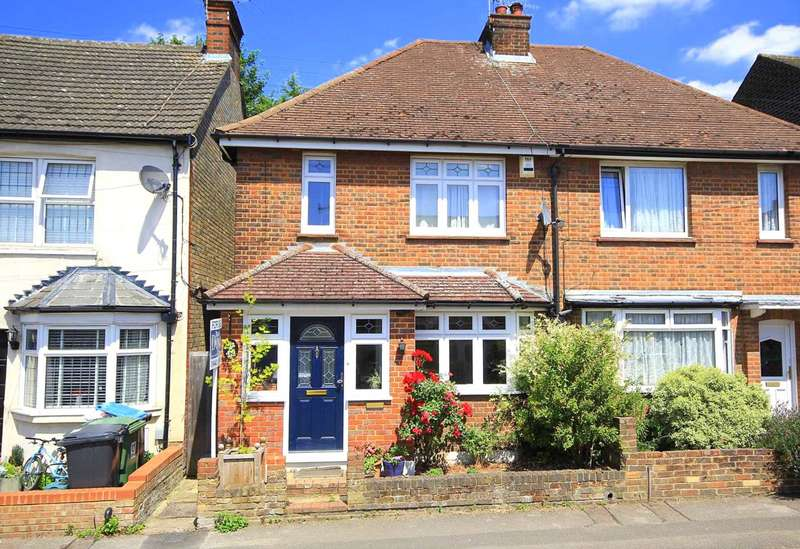 3 Bedrooms Semi Detached House for sale in EXTENDED 3 BED SEMI WALKING DISTANCE TO STATION IN APSLEY