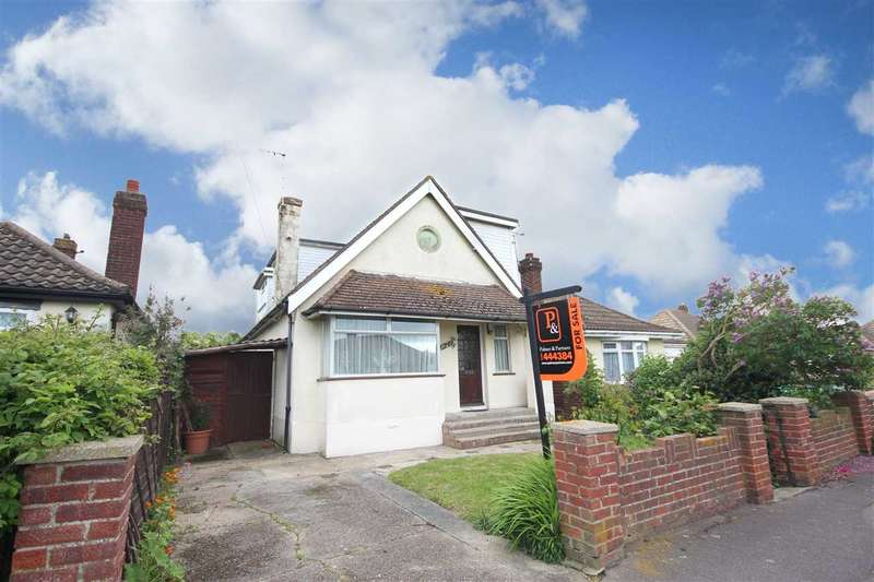 3 Bedrooms Detached House for sale in Spenser Way, Clacton-On-Sea