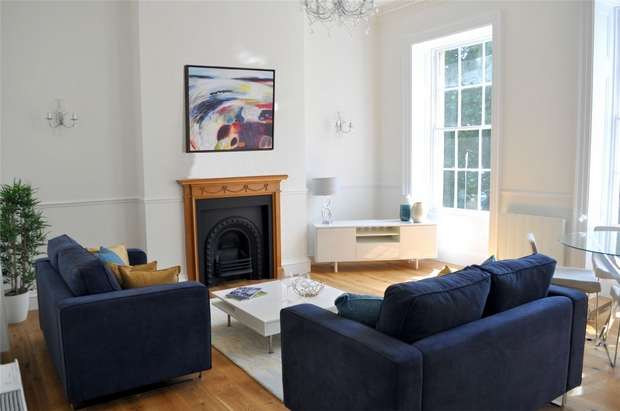 2 Bedrooms Flat for sale in 20 Portland Square, Bristol