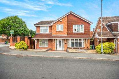 5 Bedrooms Detached House for sale in Brockeridge Close, Willenhall, West Midlands