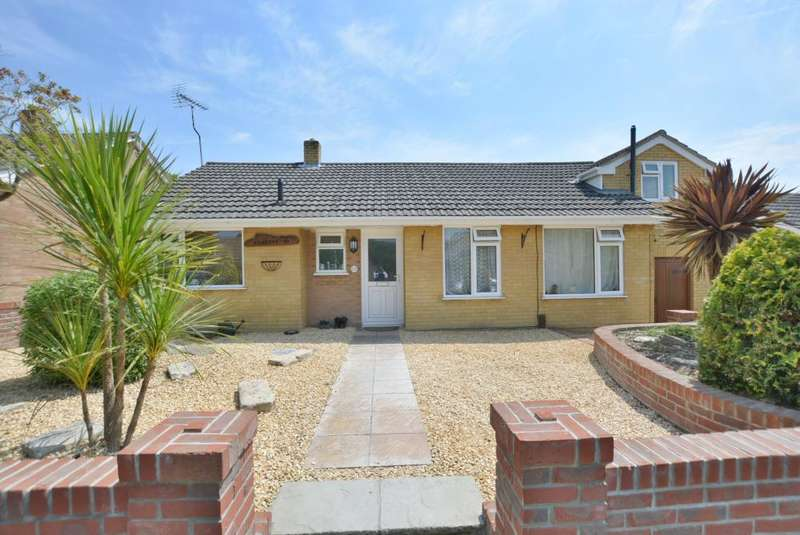 4 Bedrooms Detached Bungalow for sale in Wallisdown, Poole