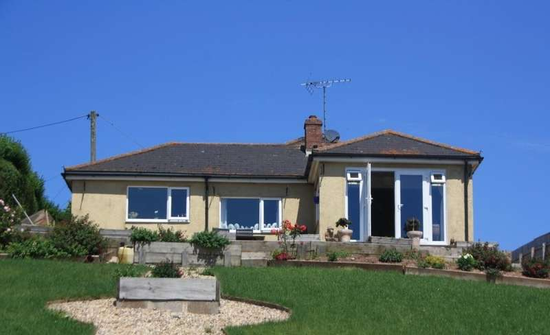 3 Bedrooms Detached Bungalow for sale in Rockbeare, Exeter