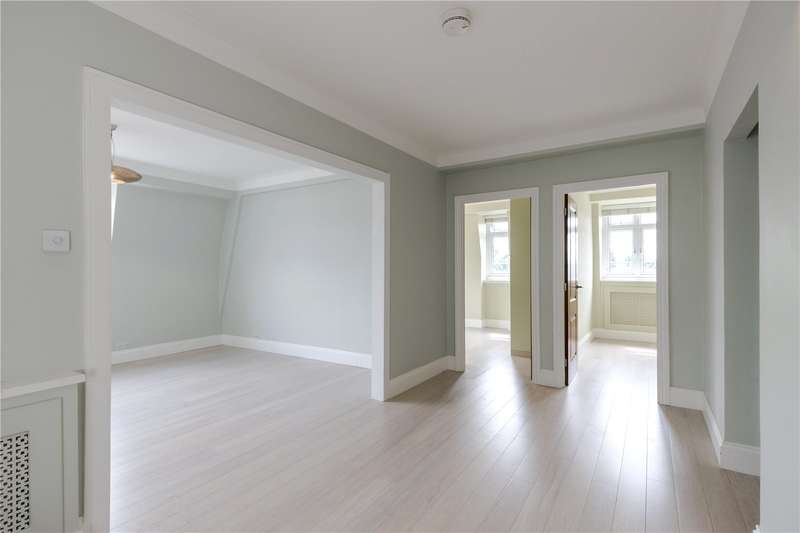4 Bedrooms Flat for sale in Chatsworth Court, Pembroke Road, London, W8