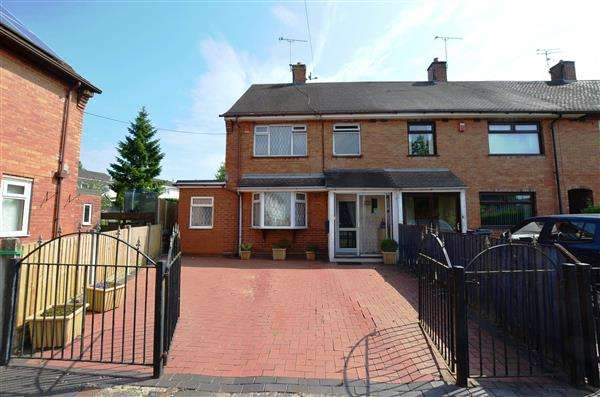 3 Bedrooms Semi Detached House for sale in Springfields Road, Harpfields, Stoke-On-Trent