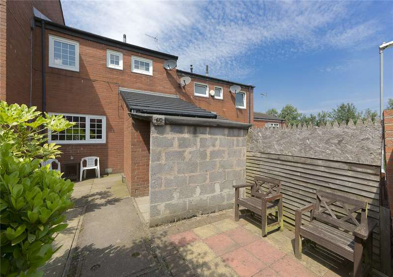 3 Bedrooms Terraced House for sale in Wellstone Garth, Leeds, West Yorkshire, LS13