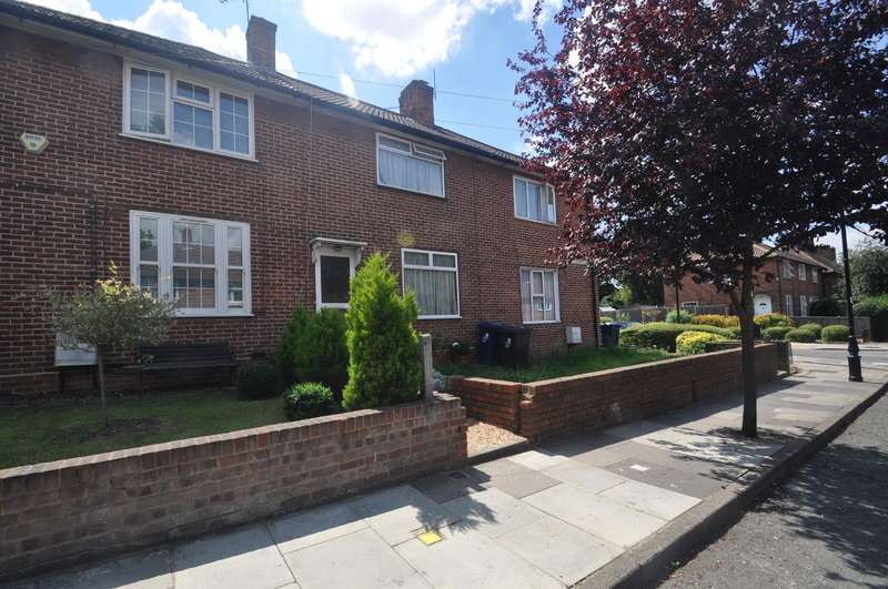 2 Bedrooms Semi Detached House for sale in Bordars Road, Hanwell, W7 1AJ