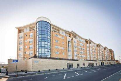 2 Bedrooms Flat for sale in Fusion 3, 14 Middlewood Street, Salford, Greater Manchester