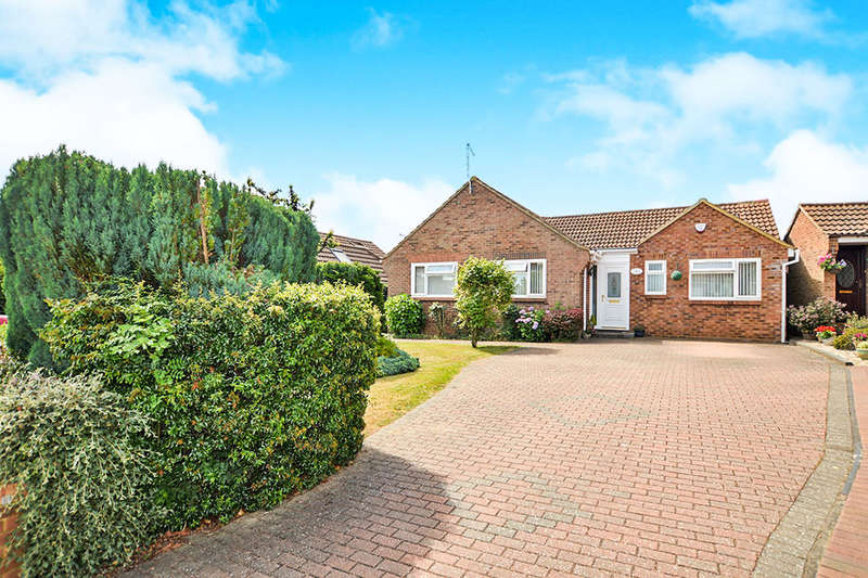 4 Bedrooms Detached Bungalow for sale in Tanglin Green Acres, Eythorne, Dover, CT15