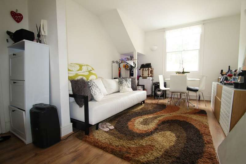1 Bedroom Flat for sale in Gifford Street, Kings Cross, N1