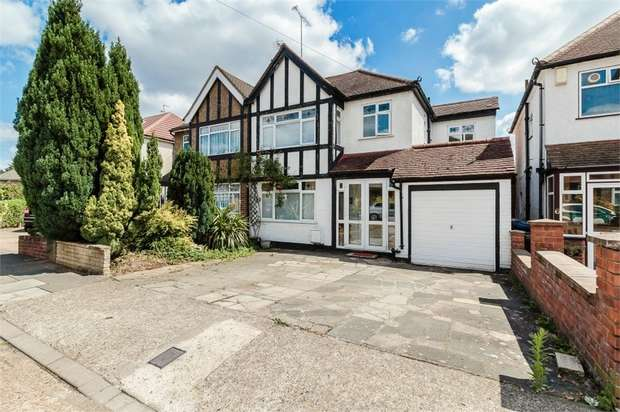 4 Bedrooms Semi Detached House for sale in Allonby Gardens, Wembley, Greater London