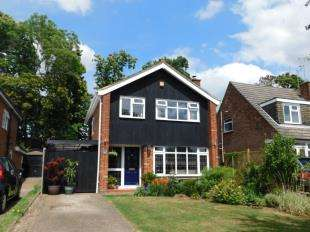 3 Bedrooms Detached House for sale in Greystones Road, Bearsted, Maidstone, Kent