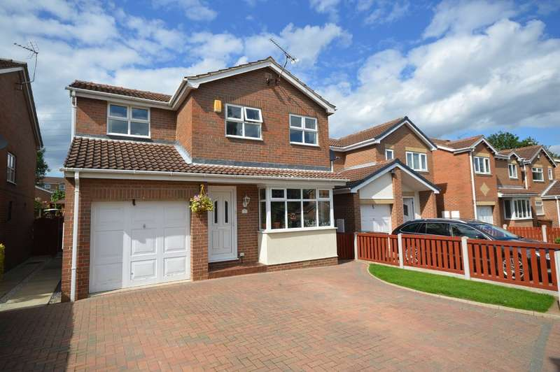 4 Bedrooms Detached House for sale in Thistlewood Road, Outwood, Wakefield