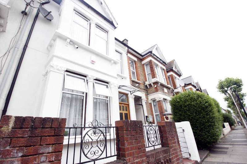 3 Bedrooms House for sale in Walton Road, Plaistow, E13