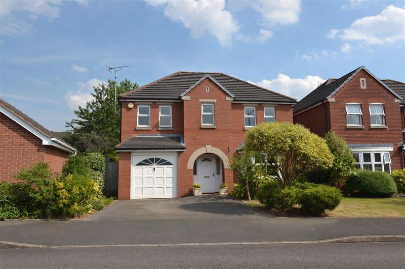 4 Bedrooms Detached House for sale in Truro Way, Saxonfields, Stafford
