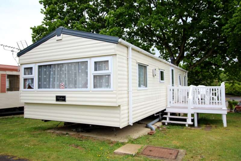 3 Bedrooms Bungalow for sale in Solent Breezes Hook Lane, Warsash, Southampton, SO31