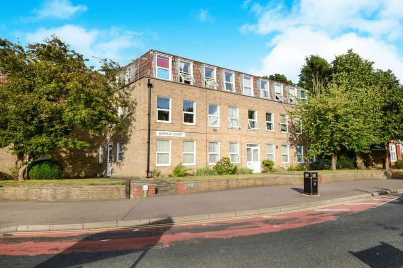 2 Bedrooms Flat for sale in Rickmansworth Road, Watford, WD18