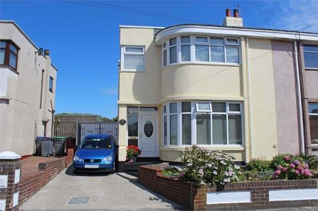 3 Bedrooms Semi Detached House for sale in Warbreck Drive, Blackpool, Lancashire