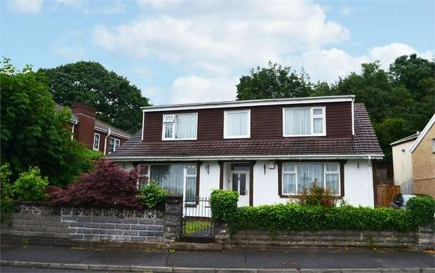4 Bedrooms Detached Bungalow for sale in Luther Lane, Merthyr Tydfil, Mid Glamorgan