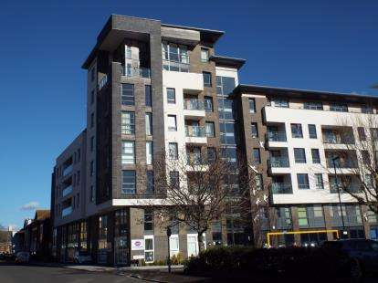 2 Bedrooms Flat for sale in College Street, Southampton, Hampshire