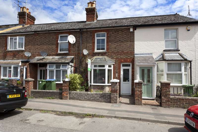 2 Bedrooms Terraced House for sale in Victoria Street, Horsham