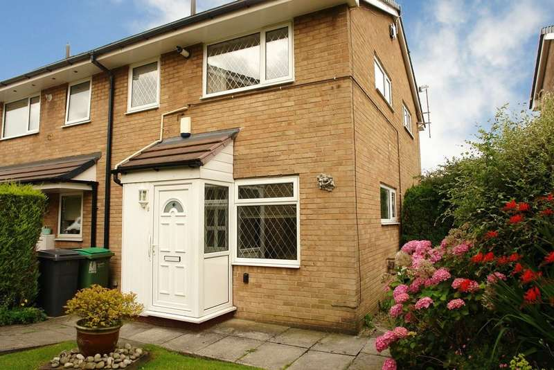 1 Bedroom Town House for sale in 11 Penthorpe Drive, Royton
