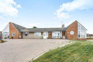 5 Bedrooms Bungalow for sale in Bell Farm Lane, Minster On Sea, Sheerness, Kent