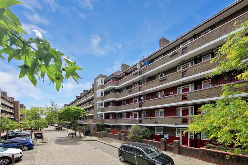3 Bedrooms Flat for sale in White City Estate, London W12