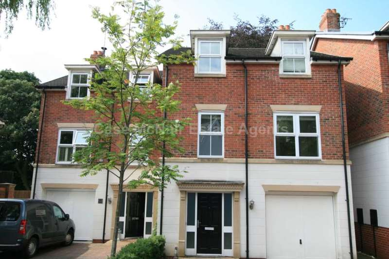 4 Bedrooms Semi Detached House for rent in The Coppice, Worsley, Manchester, M28 2NS