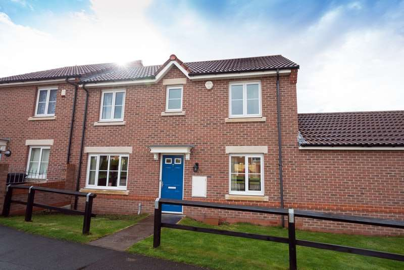 3 Bedrooms Semi Detached House for sale in Ebony Court, Ewloe, Deeside, Flintshire, CH5