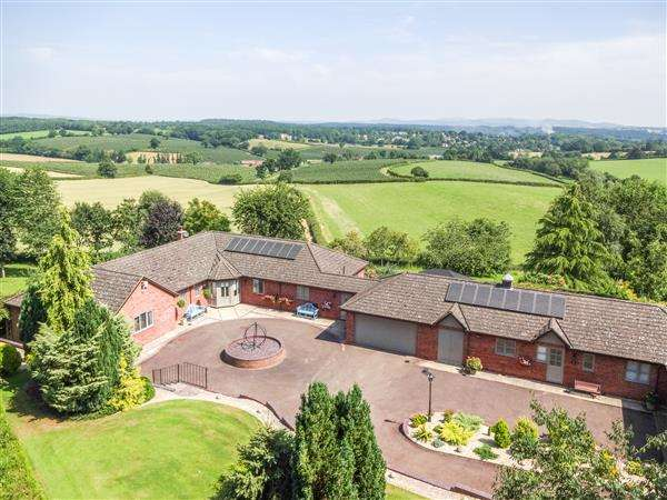 5 Bedrooms Detached Bungalow for sale in Linton, Woodstock, Ross-on-Wye