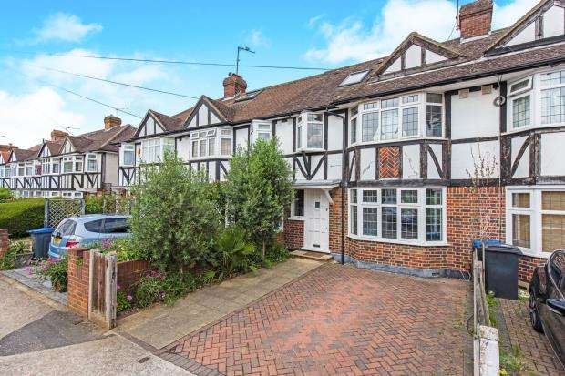 3 Bedrooms House for sale in Kingston, Surrey, England
